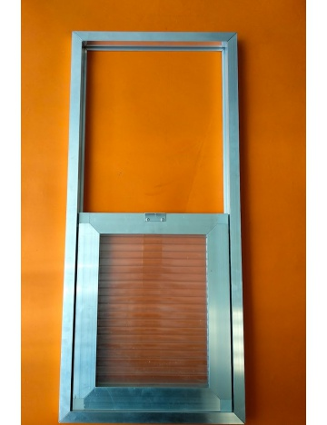 Výletové okno 33 x 74cm