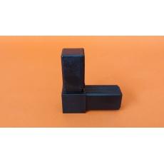 Plastové spojky pro profil 30x30, kovové jádro