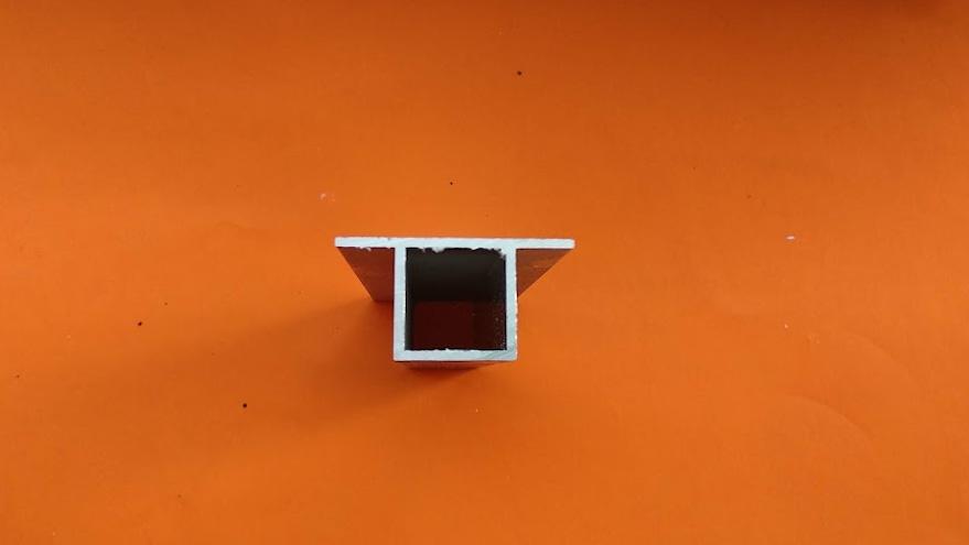 Hliníkový profil (HJ20K2 elox.)