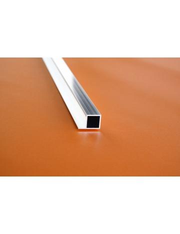 Hliníkový čtvercový jekl s křidélkem, 20x20x1,5mm
